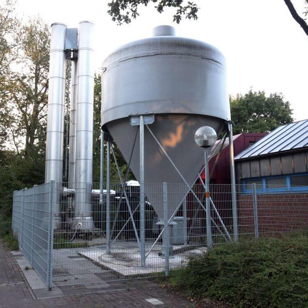 Hochsilo auf Glasfaserkunststoff zur Lagerung von Pellets